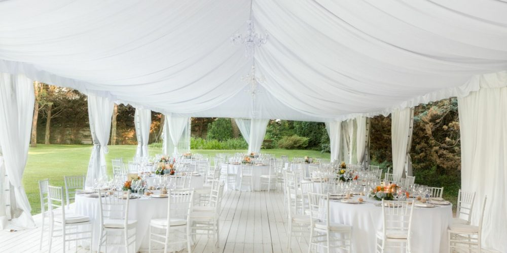 How to Choose the Best Wedding Venue in 2021